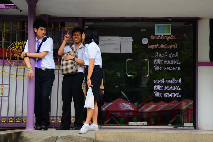 """泰国·清迈大学,美女摩托党的""""书外桃源"""" - 海军航空兵 - 海军航空兵"""