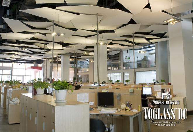雅迪传媒办公室设计 简约现代
