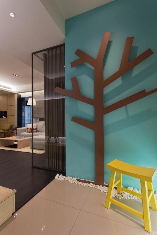 巧妙书房可串连客厅又可当客房 76平米混搭活波的两居室装修效果图