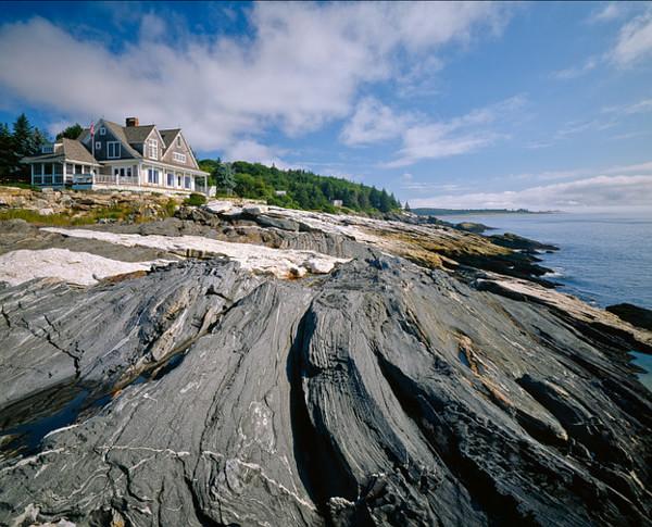 看海景享生活 蓝天大海混搭风惬意度假别墅装修效果图