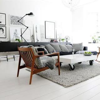 北欧黑白两色两居小公寓