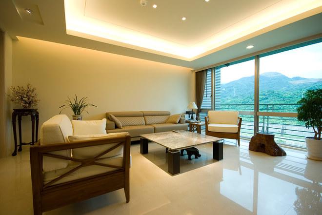 主要建材:大理石,胡桃木,白橡木皮,棉质玻璃,木地板,进口壁纸,日本