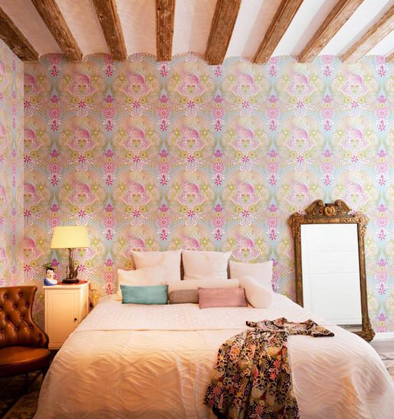 有着梦幻插画壁纸的混搭两居室装修效果图