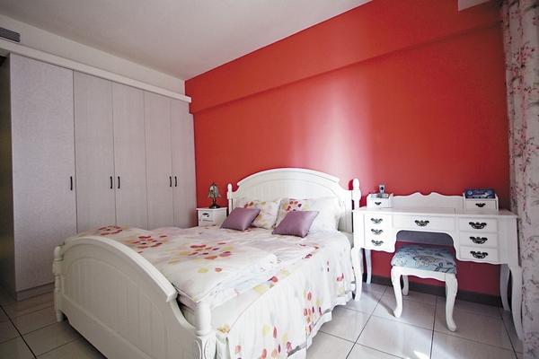 简约纯白色系呈现简单健康两居室装修效果图