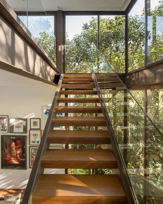 超豪华欧式别墅楼梯