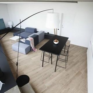 开阔明亮的一室一厅小公寓