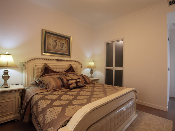 美式田园米色两居室装修效果图