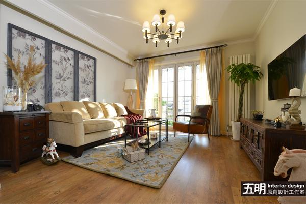 轻美式混搭二居室装修效果图