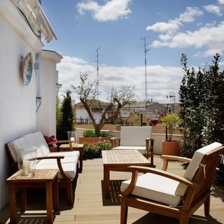 西班牙马德里翻新的顶层阁楼 温馨美好