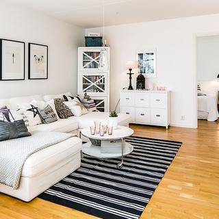 40平瑞典紧凑公寓最爱玻璃小阳台