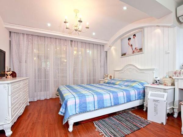 66平地中海风格婚房装修效果图