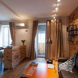 57平米温暖色调的红砖主题公寓