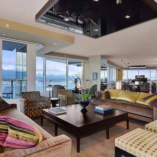 温哥华绝美的全景豪华公寓