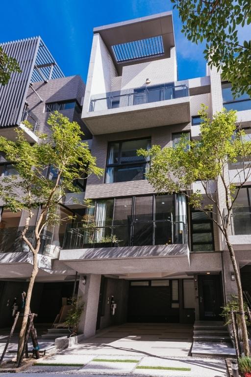 融合人文感受的新日式风格三居室装修效果图