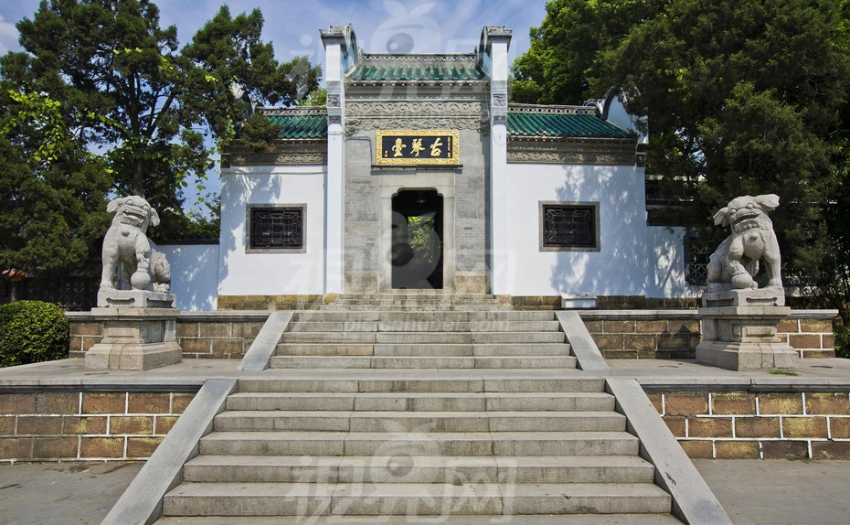 下图是位于武汉市汉阳的古琴台外景)     最后修改于 2013-09-20 02:1图片