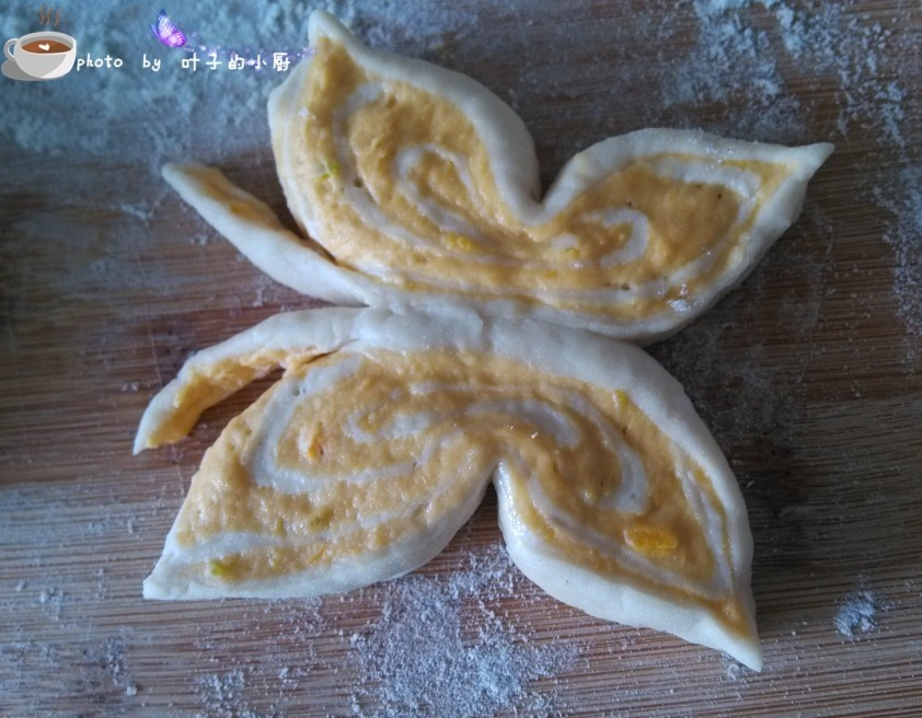 【全面俱到】---双色蝴蝶馒头 - 叶子 - 叶子的小厨