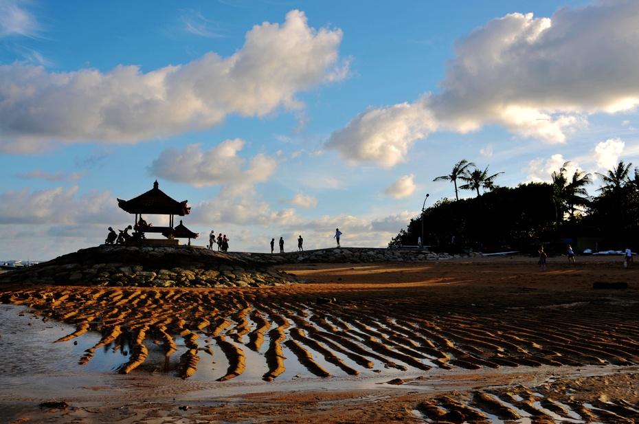 迷人的海滩,迷人的微笑 - 龙眼 - 龙之血脉