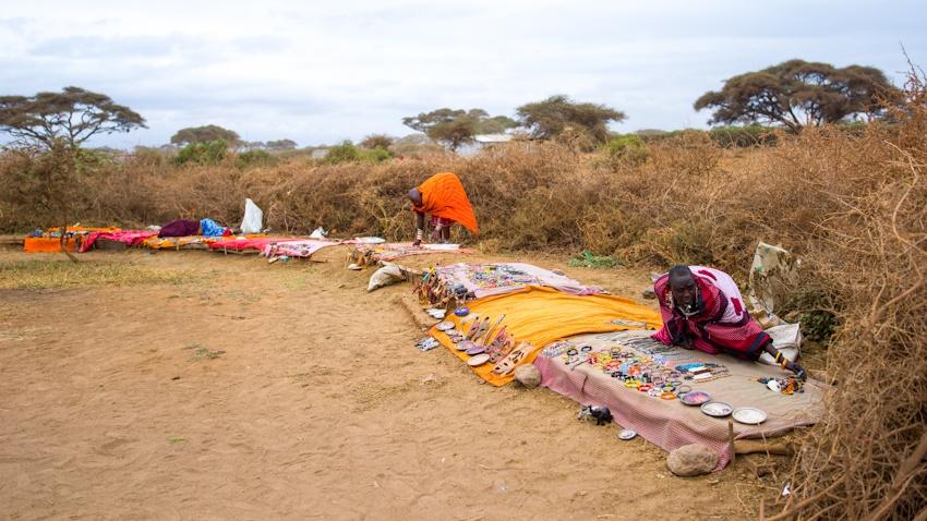 走进肯尼亚 马赛人穿梭在传统与现代之间 - 国防绿 - ★☆★国防绿JL★☆★