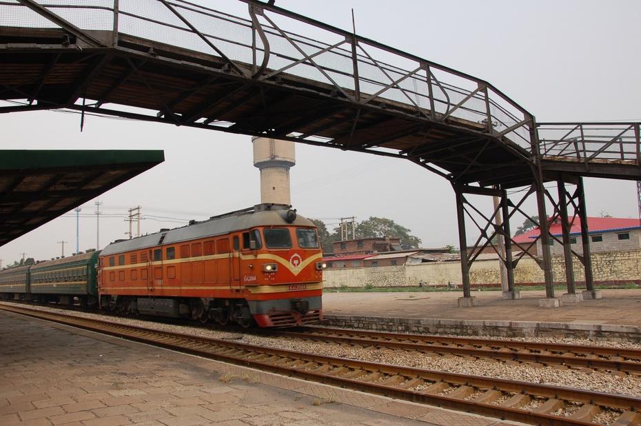 建于1939年的铁路水塔等三处铁路