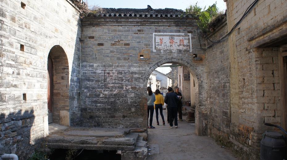 走向没落的桂林古村落:熊村 - 余昌国 - 我的博客