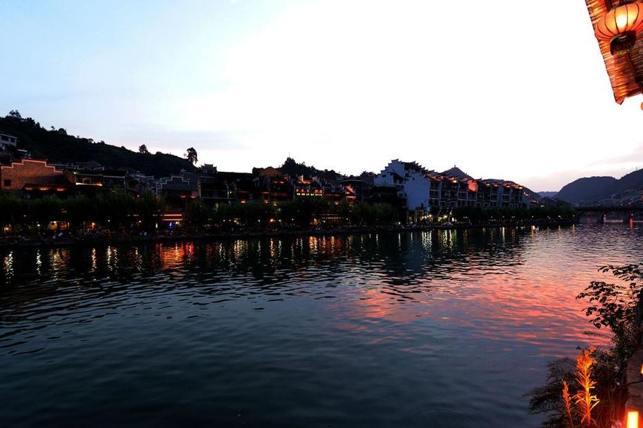 摄影习作(2014—229)镇远古镇的夜景
