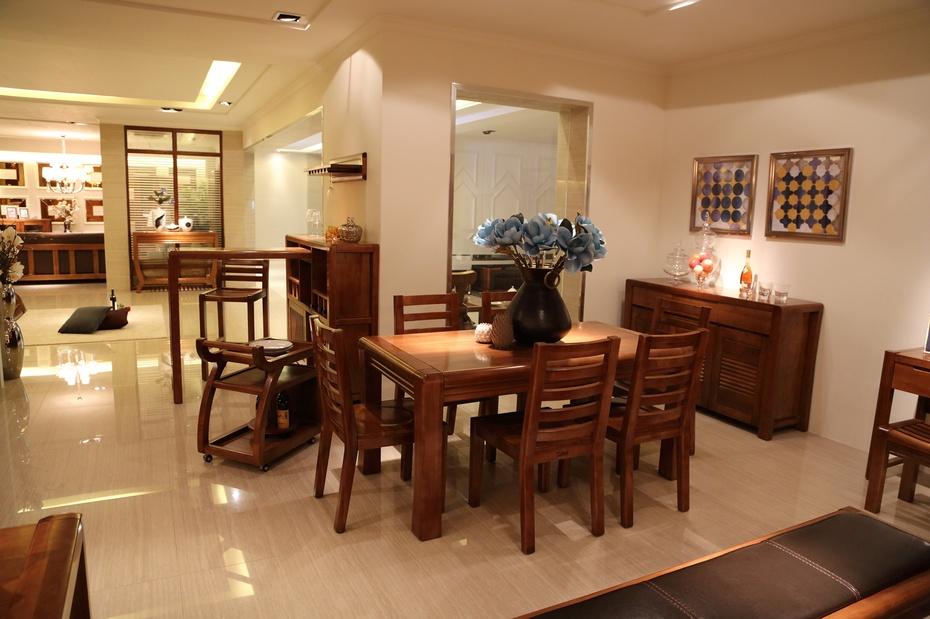 """""""澳铠""""全实木家具 产品:""""澳铠""""100%全实木家具桃木系列 木桌,沙发,床"""