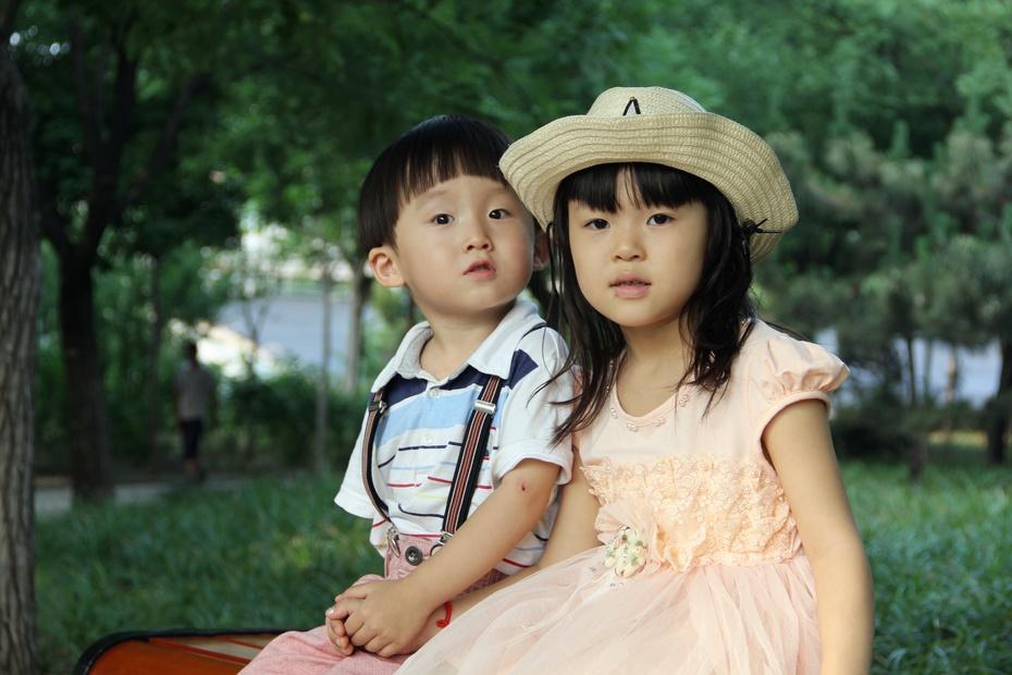 小帅哥和小美女 中国徐德林