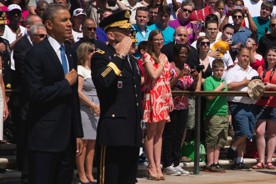 亡兵纪念日:奥巴马向无名战士墓献花环 - 心路独舞 - 心路独舞