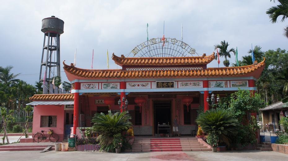 海南琼海行之六:特色小镇万泉镇 - 余昌国 - 我的博客