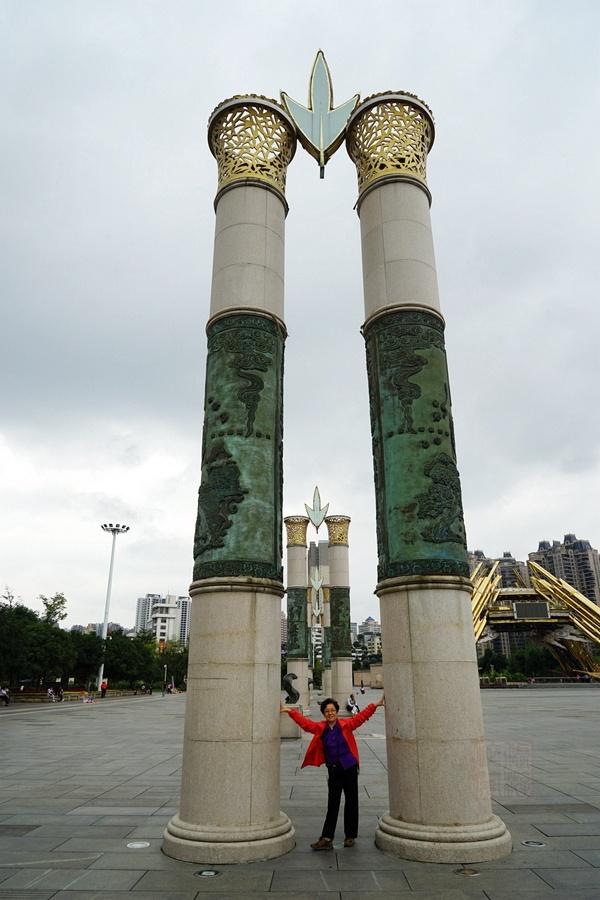 走马看贵阳之筑城广场与河滨公园 - 海军航空兵 - 海军航空兵