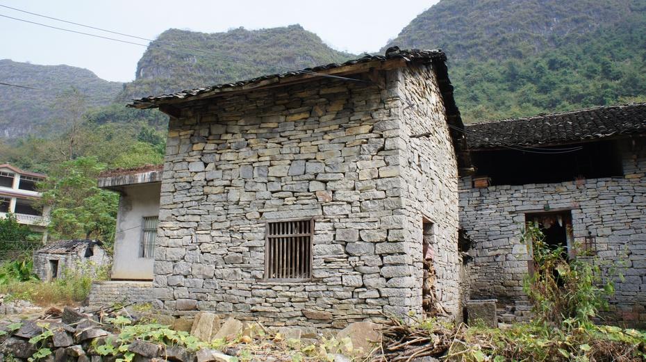 走进桂林阳朔神秘的古石城 - 余昌国 - 我的博客