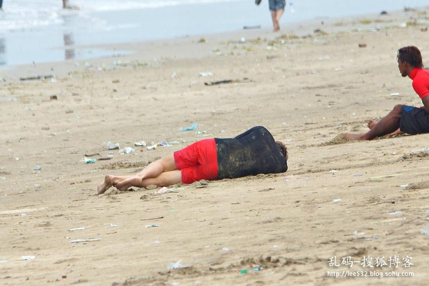 巴厘岛库塔海滩冲浪美女(29p)