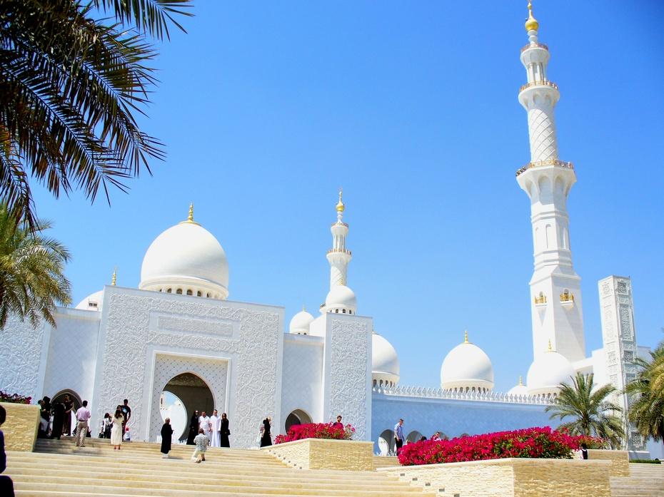 途牛汇集了迪拜旅游景点的精彩图片,美轮美奂的迪拜风景图片,五彩