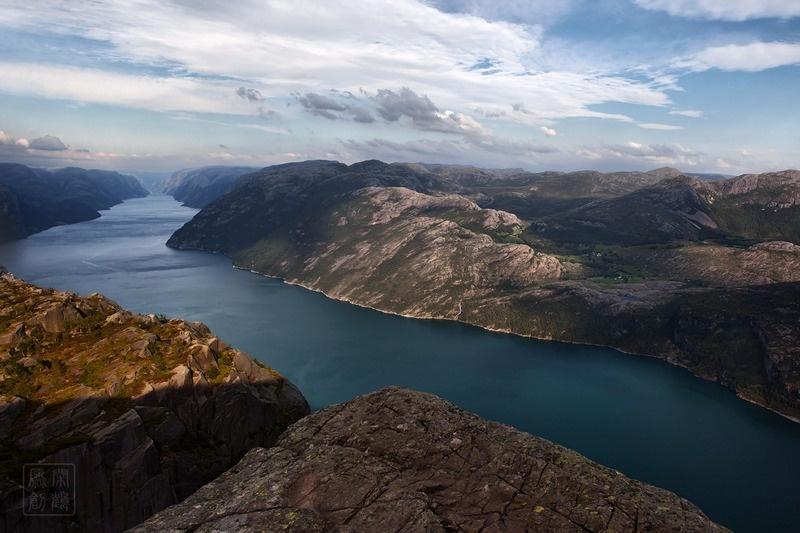 全球最壮丽的自然景观之首:挪威布道石 - 余昌国 - 我的博客