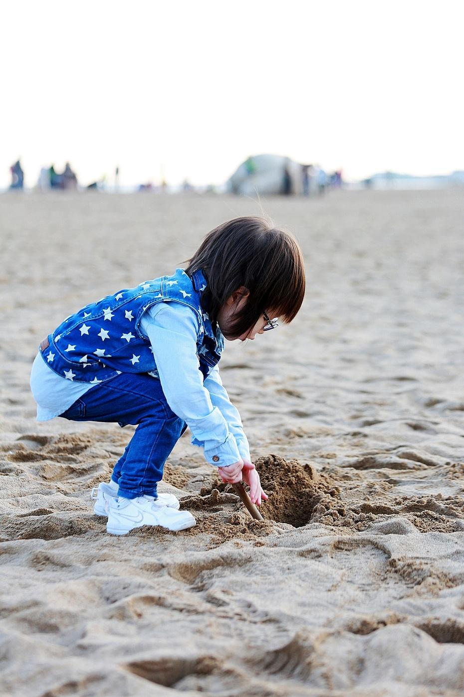 自由散漫的十一假期——海边玩沙