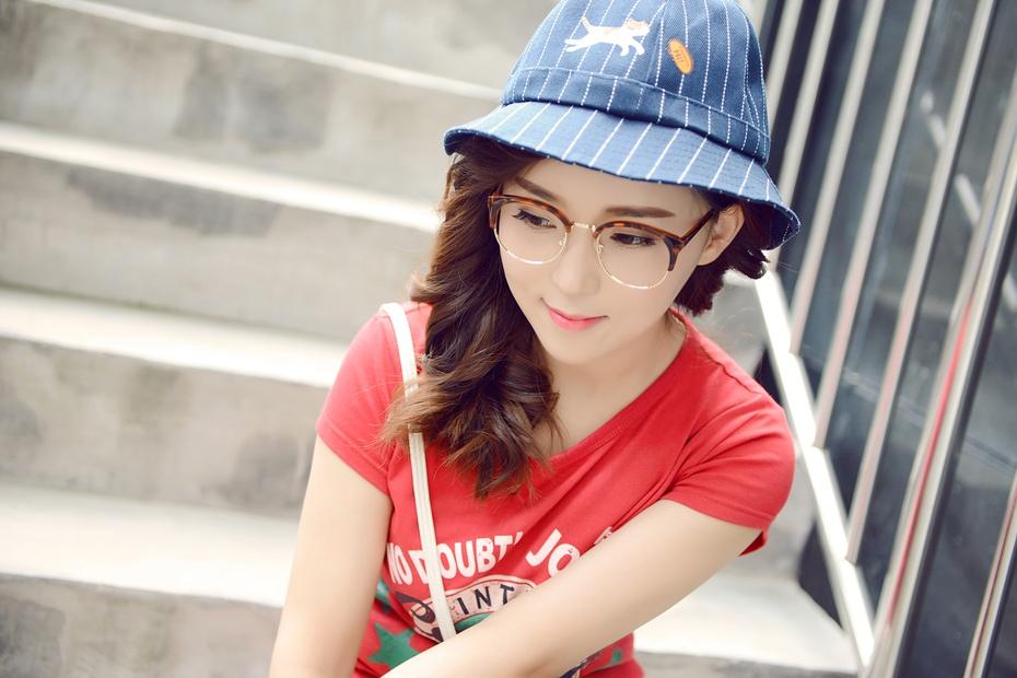 【袁一诺vivian】眼镜妆容也要好气色,告别往日四眼妹 - 小一 - 袁一诺vivian