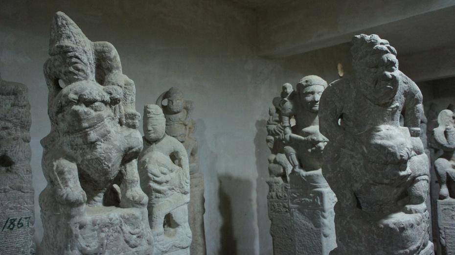 西安关中民俗艺术博物院:拴马桩 - 余昌国 - 我的博客