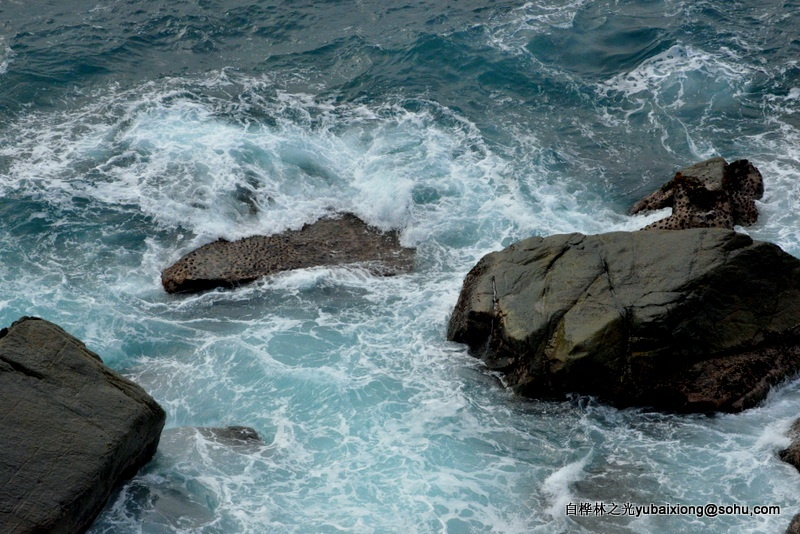南海是那么的蔚蓝和美丽  场直  郁百雄 - zq8523 - 852农场3分场(20团3营)知青网
