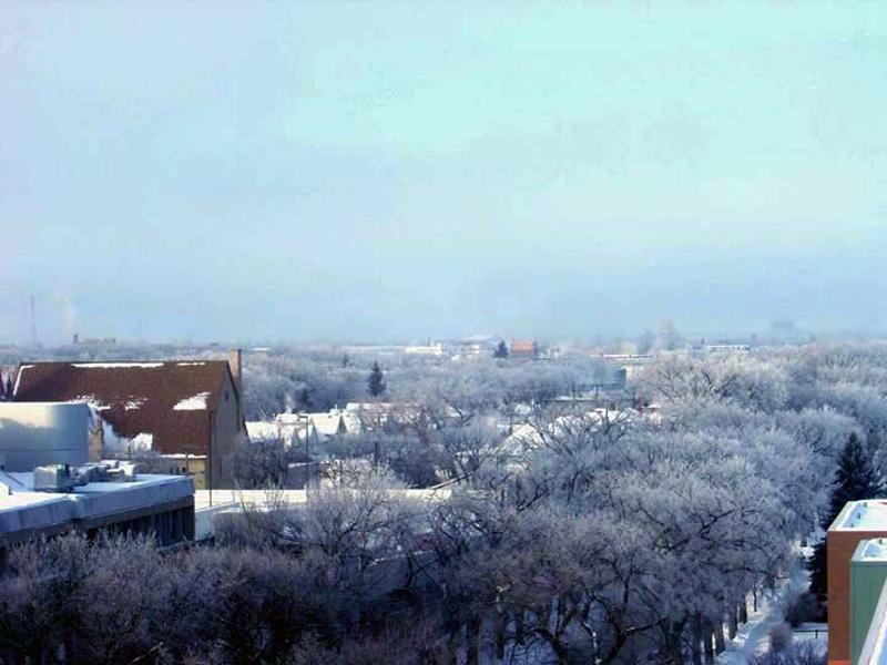 太阳摇身变成三个,以便让人们能暖和些迎接寒冷的新年 - sihaiyunyou - sihaiyunyou的博客