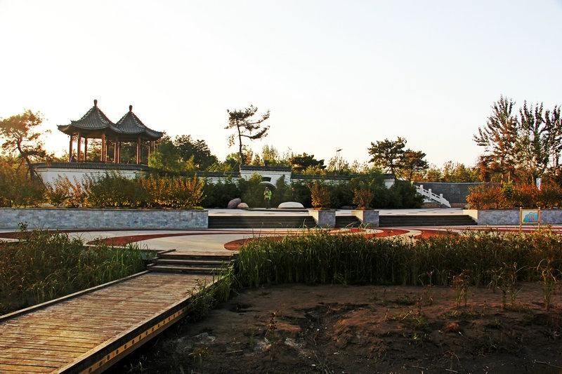 临汾漫步汾河滨,彩虹大桥观日落--山西黄河行之五 - 侠义客 - 伊大成 的博客
