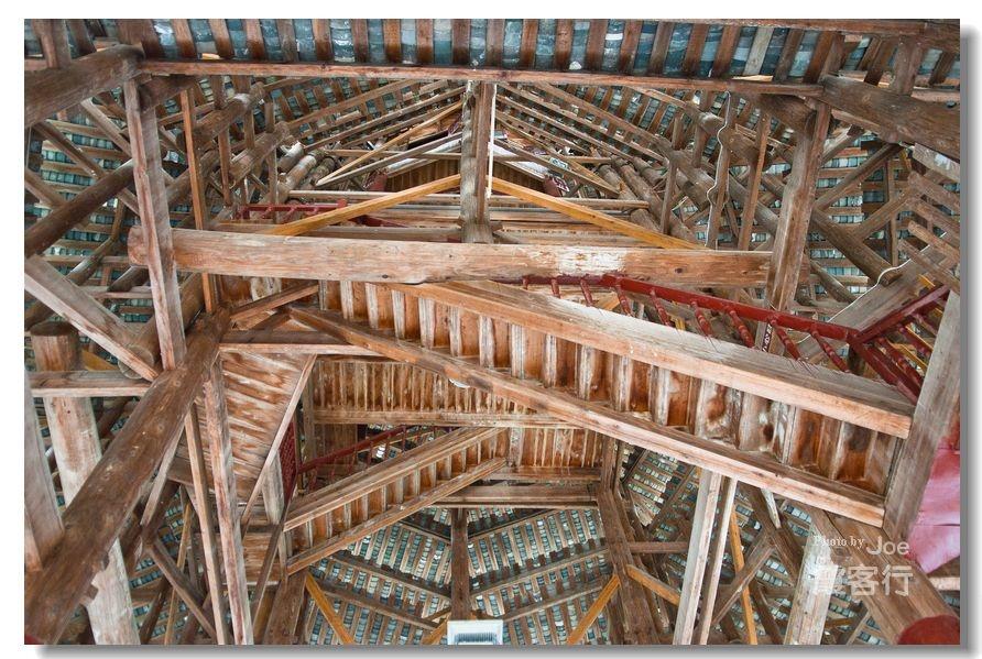 鼓楼内部结构复杂