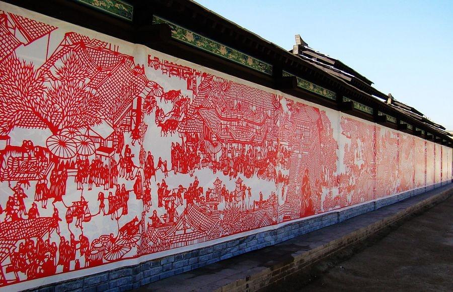还有内容丰富的展现了中华传统文化的展厅,古代家具陈列室,艺术摄影