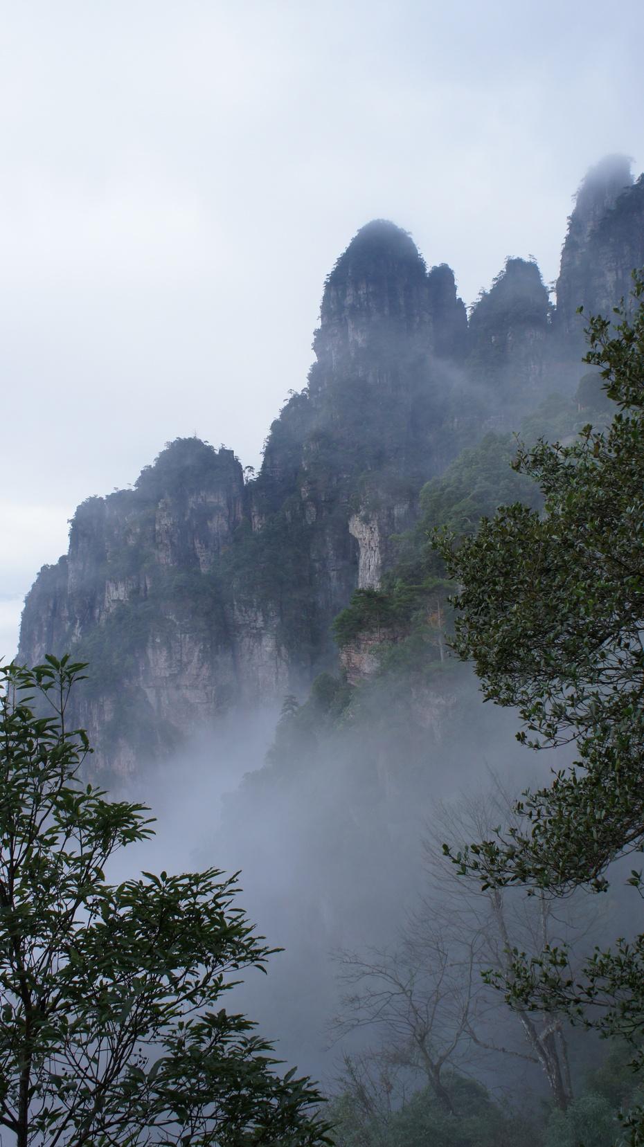 广西金秀:雄奇灵秀的莲花山 - 余昌国 - 我的博客