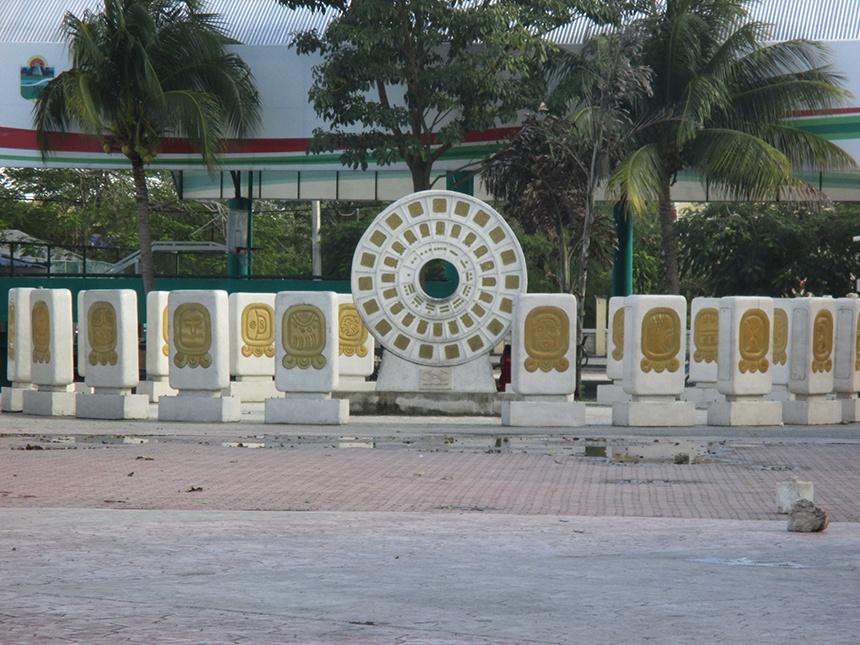 世界上唯一建筑在海岸边的玛雅金字塔(Tulum)金字塔 - sihaiyunyou - sihaiyunyou的博客