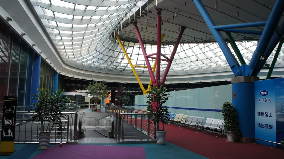 实拍现代化的上海港国际邮轮码头 - 余昌国 - 我的博客