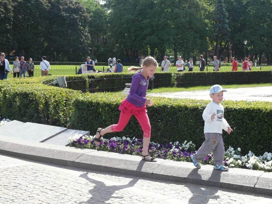 俄罗斯行27:俄罗斯那些可爱的孩子 - 余昌国 - 我的博客
