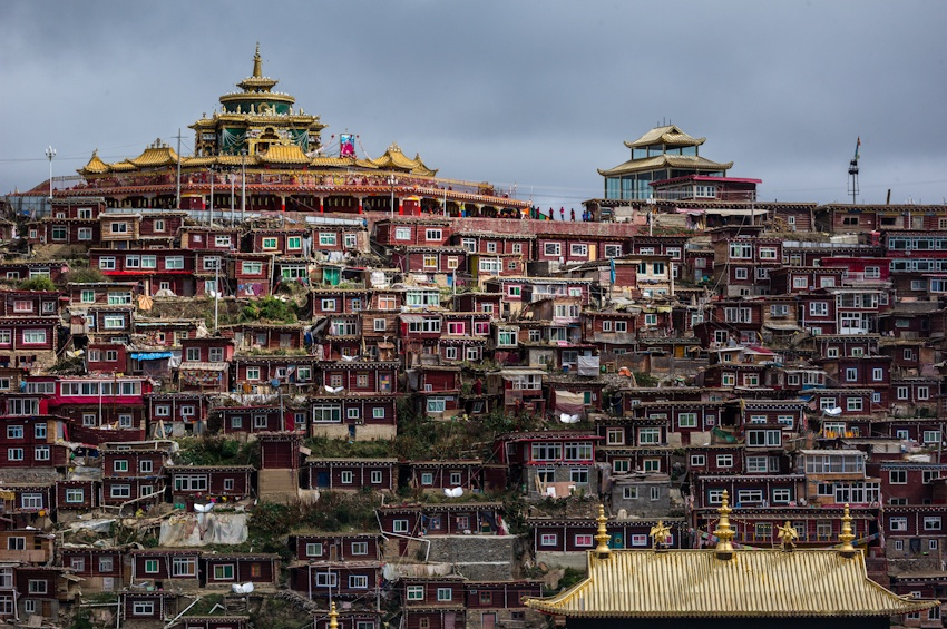 世界上最大的佛学院——色达佛学院 - 余昌国 - 我的博客