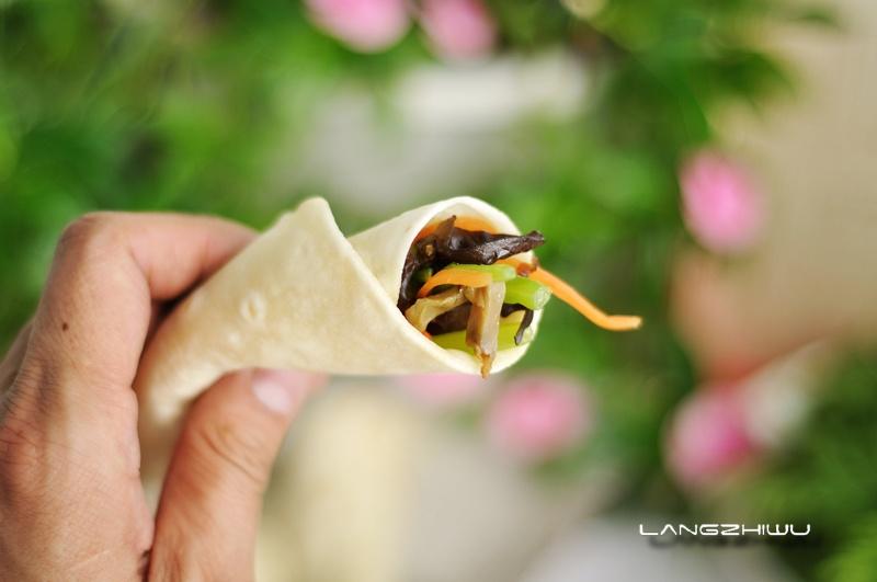 春饼-狼之舞 - 荷塘秀色 - 茶之韵
