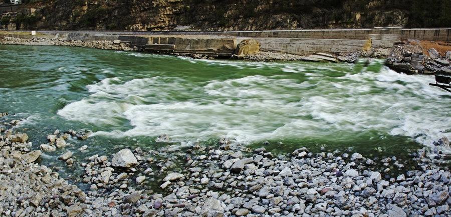 峭壁深峡大渡河,绝壁悬桥成昆线——4月川南游 - H哥 - H哥的博客