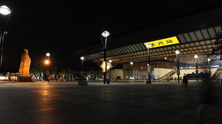 夜色,苏州火车站